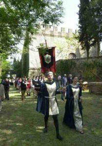 sfilata nel parco di Rocca delle Caminate per il palio medievale